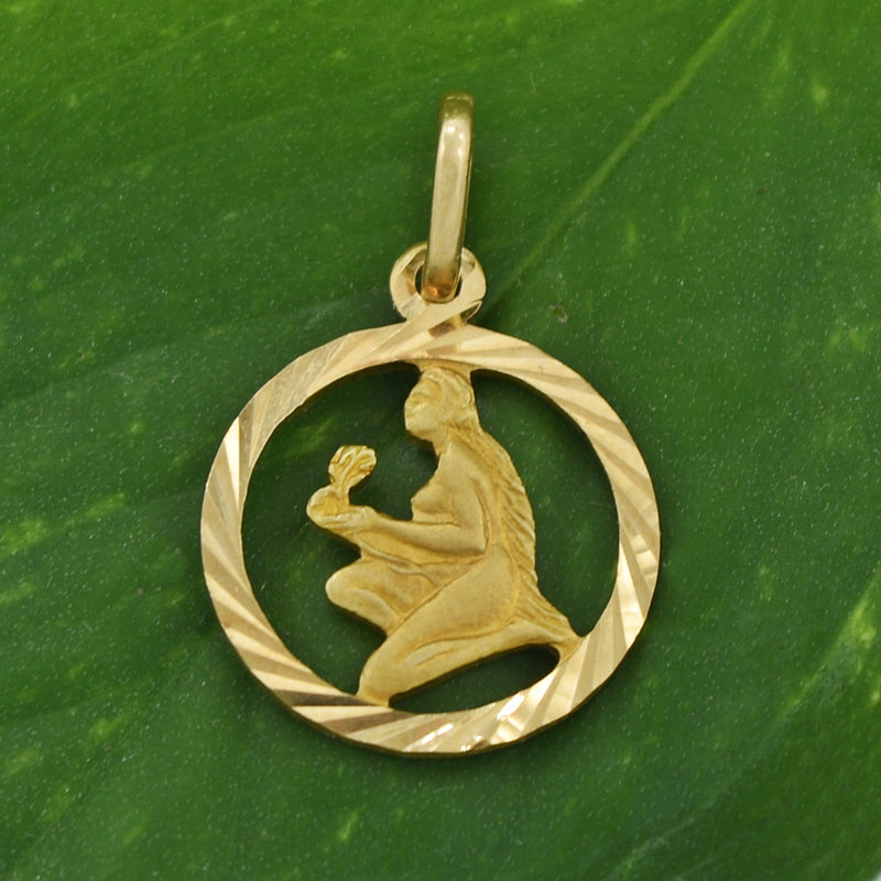 18k Yellow Gold Estate Textured Nude Women Open Circle Pendant
