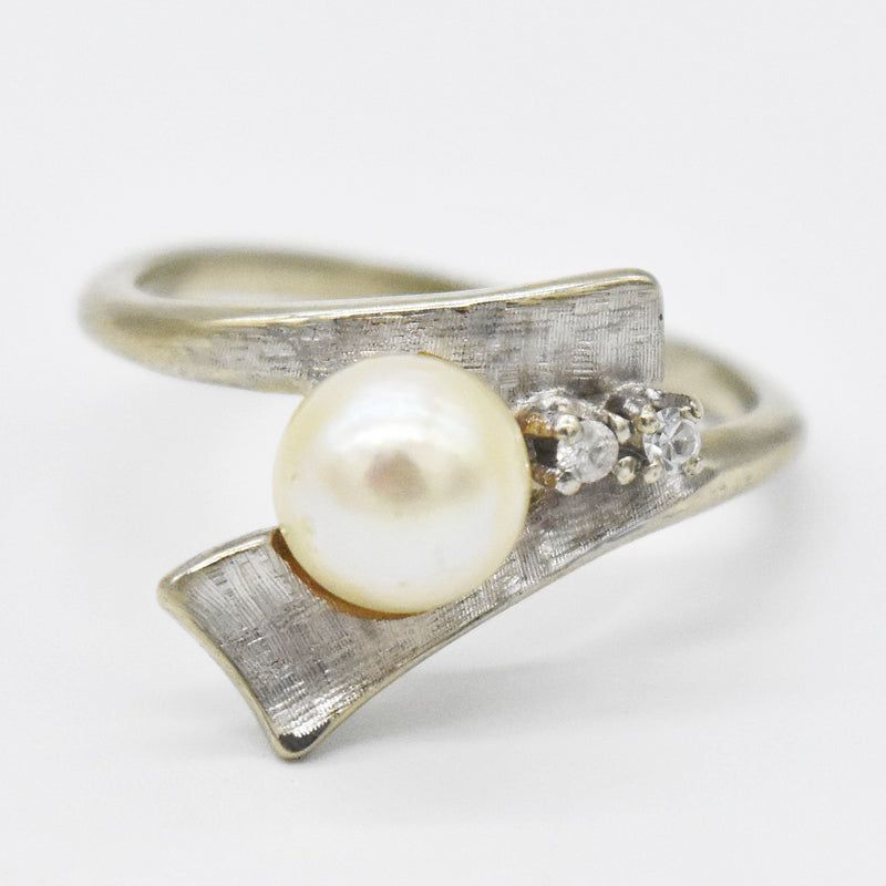 14k White Gold Vintage Textured Swirl Pearl & Diamond Ring Size 5.5