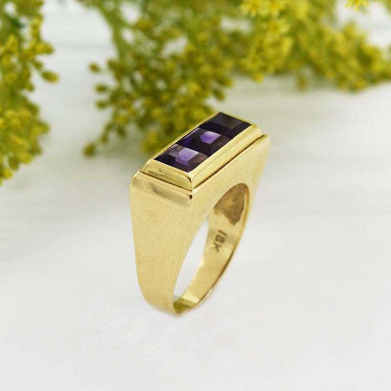 18k Yellow Gold Estate Modern Style 3 Stone Amethyst Ring Size 9.5