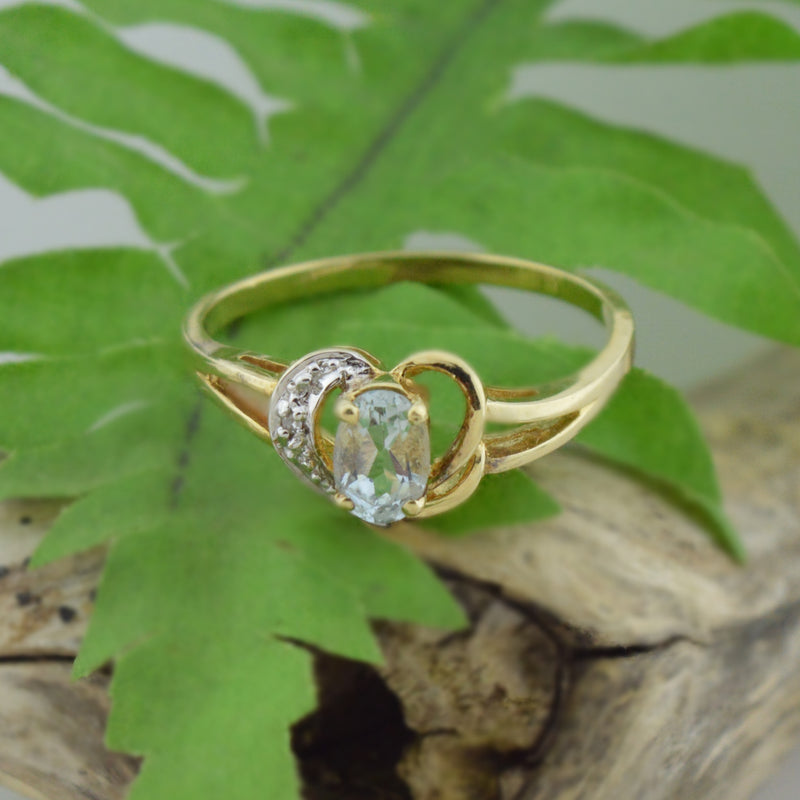 14k Yellow Gold Estate Aquamarine & Diamond Ring Size 8.25