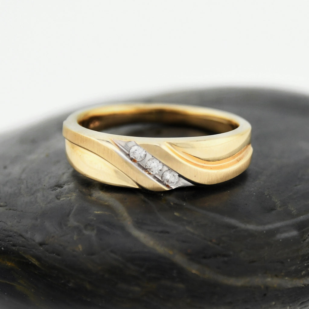 10k Yellow Gold Estate Chanel Set Diamond Swirl Ring Size 9.5