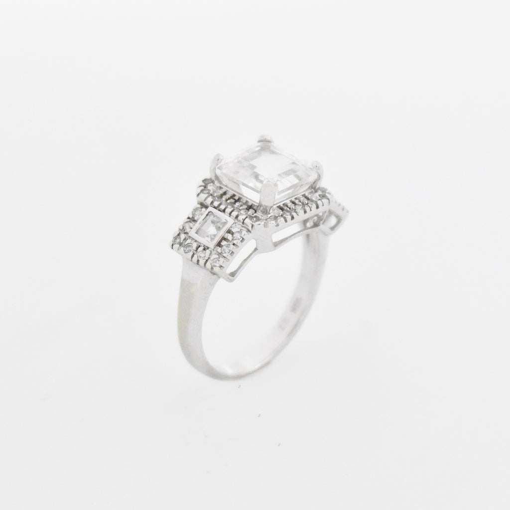 10k White Gold Estate White Quartz & Spinel Cocktail Ring Size 6