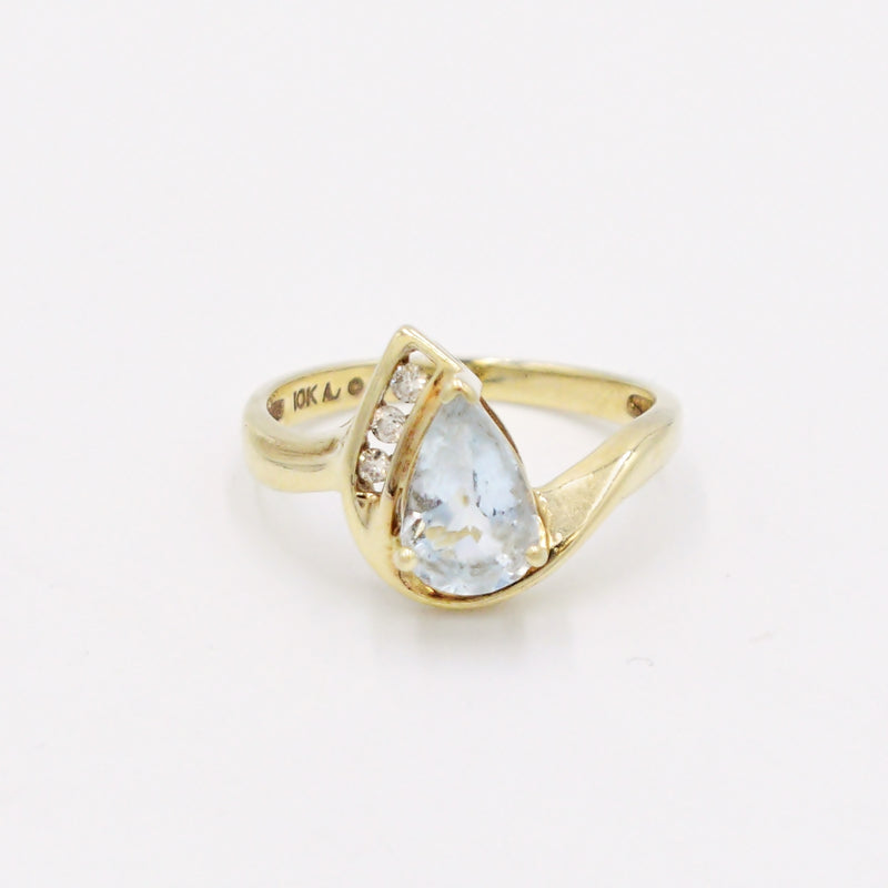 10k Yellow Gold Estate Aquamarine & Diamond Teardrop Ring Size 7