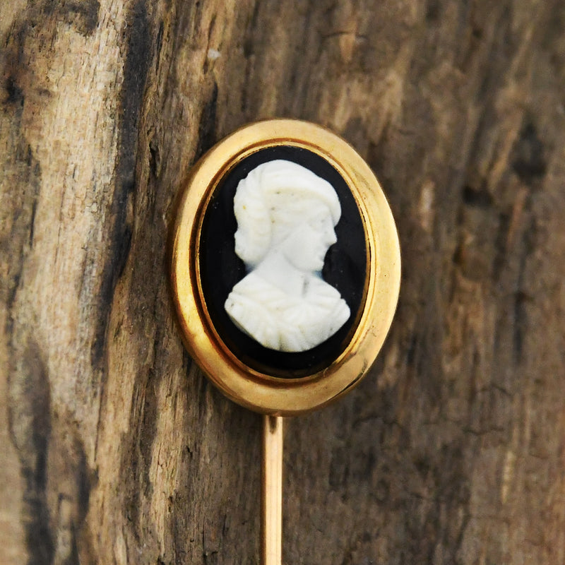 14k Yellow Gold Antique Black & White Cameo Stick Pin