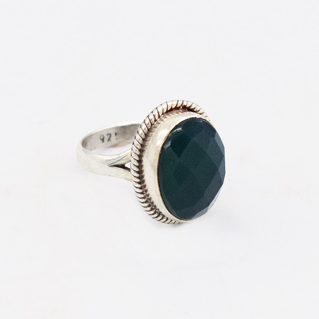 Sterling Silver 925 Cushion Cut Oval Green Stone Ring Size 7.25