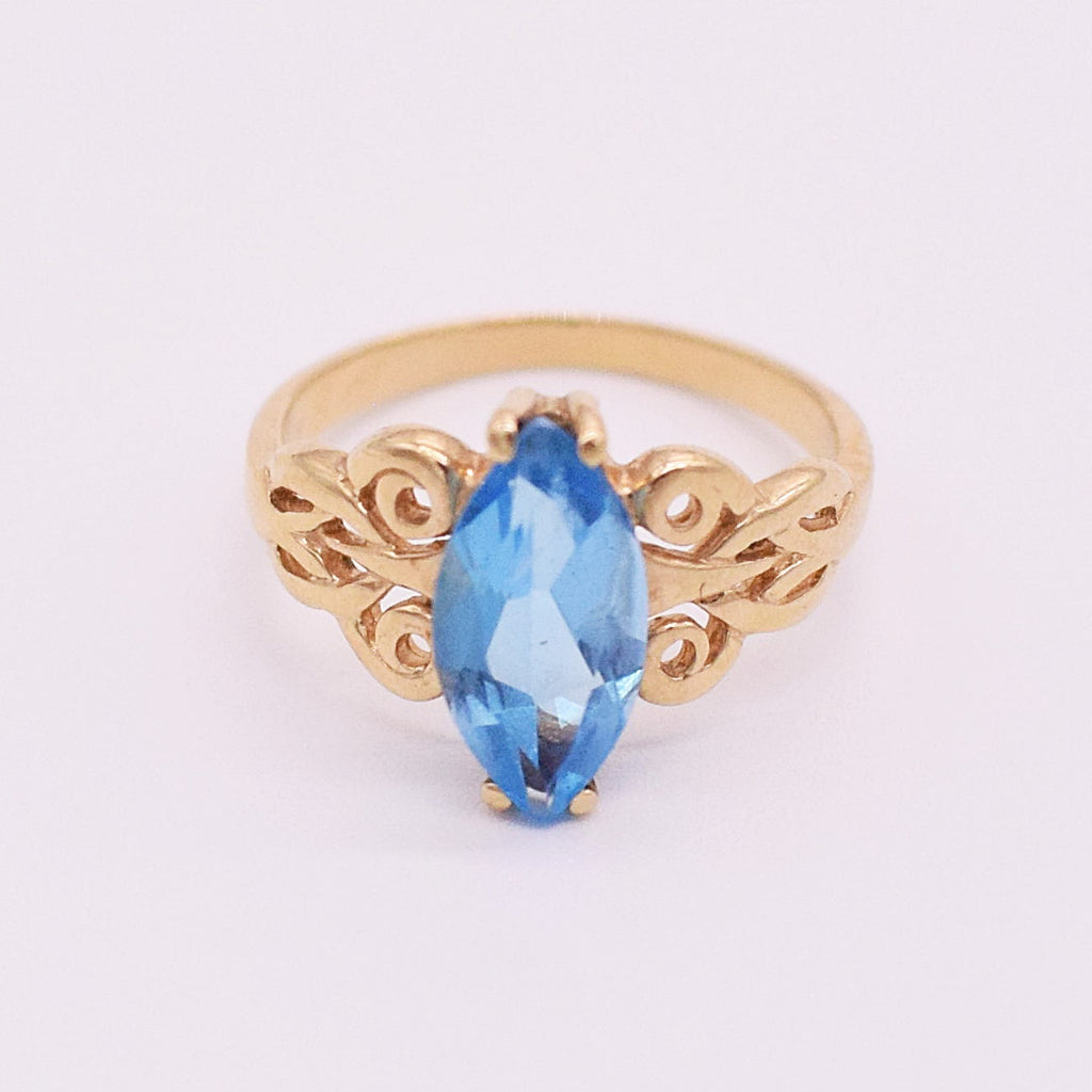 14k YG Filigree Blue Topaz Ring Size 6.25