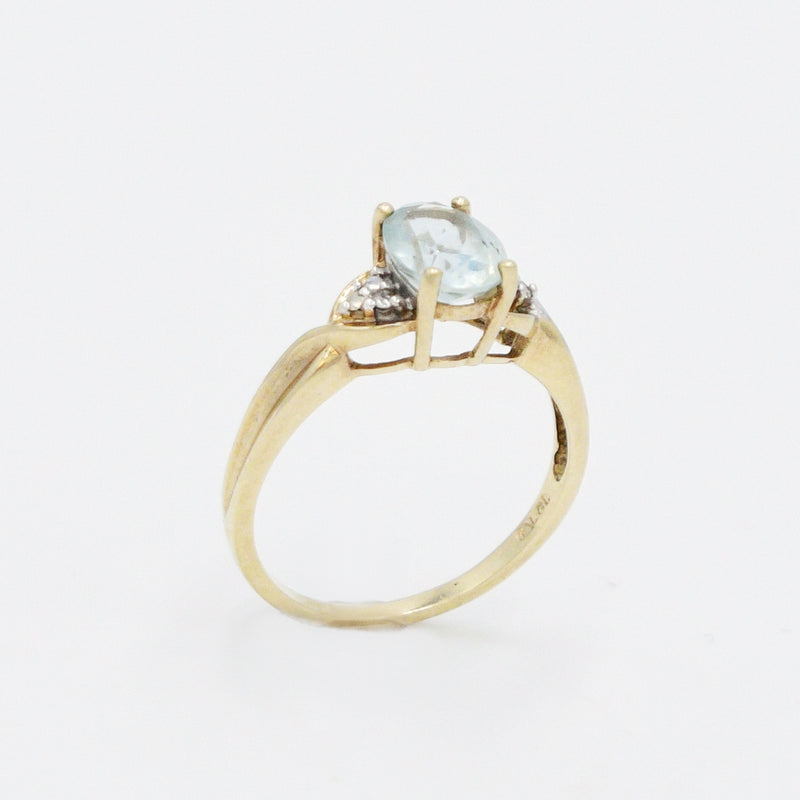 10k Yellow Gold Estate Aquamarine Gemstone & Diamond Ring Size 7