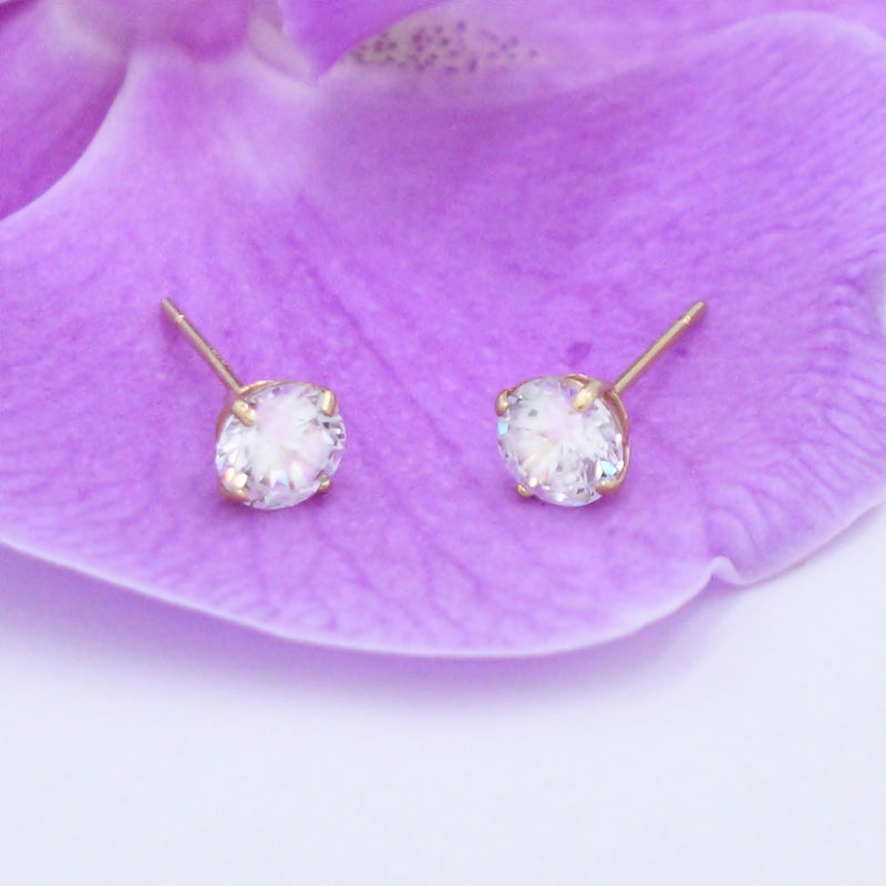 14k Yellow Gold Estate CZ Gemstone Post Earrings