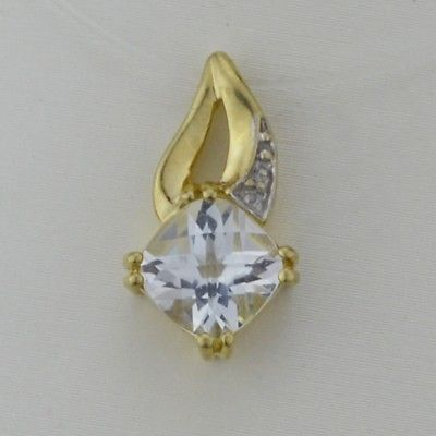 10k Yellow Gold Estate White Topaz Pendant