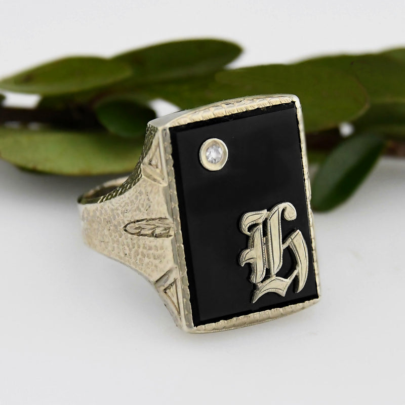10k White Gold Vintage Onyx & Diamond Initial/Letter Ring Size 10