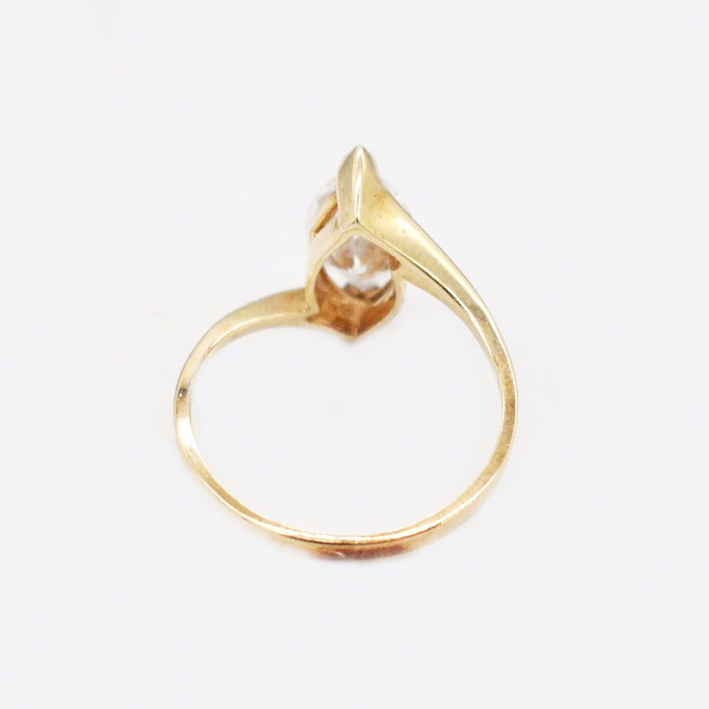 10k Yellow Gold Estate Swirl CZ Solitaire Ring Size 5.25