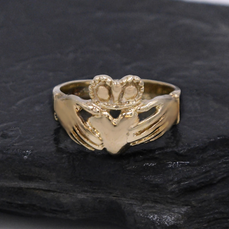 14k Yellow Gold Estate Claddaugh/Celtic Ring Size 9.75