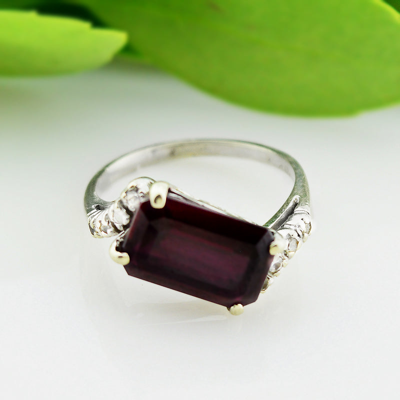 10k White Gold Estate Ruby Ring Size 6.75