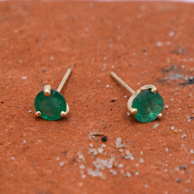 14k Yellow Gold Estate Emerald Gemstone Post Earrings