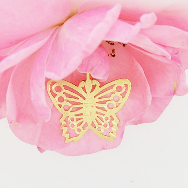 14k Yellow Gold Estate Diamond Cut Butterfly Animal Pendant