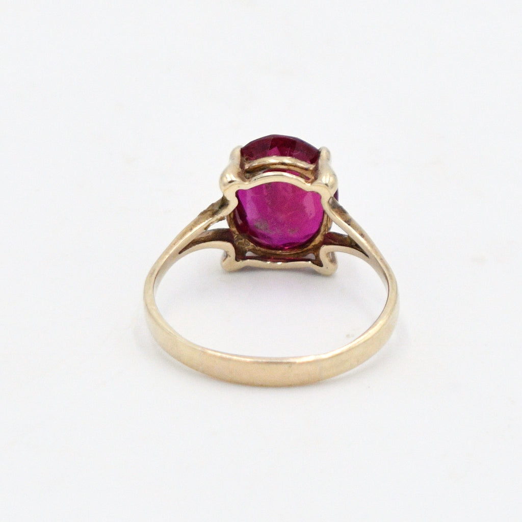 10k Yellow Gold Vintage Oval Ruby Gemstone Solitaire Ring Size 9.75