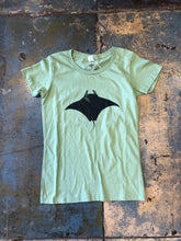 Single Manta Women's Tee