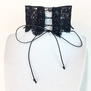 Delilah Lace Up Choker - Stinnys