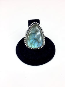 Triangle Labradorite Ring O.O.A.K. - Stinnys