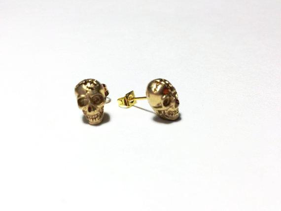 skull-earrings-cambg