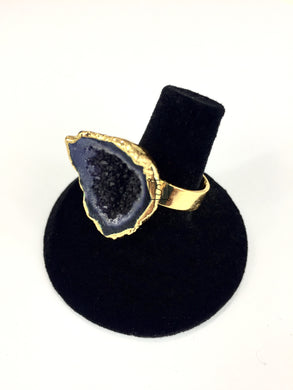 Deep Purple Durzy Geode Ring O.O.A.K..