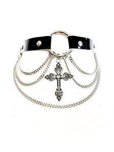 Andromeda Cross Choker