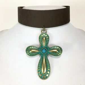 Bellamy Cross Choker - Stinnys