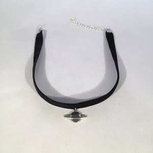 Saturn Choker - Stinnys