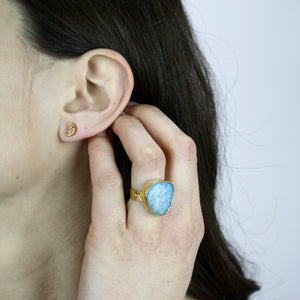 Crescent Stone Earrings - Stinnys