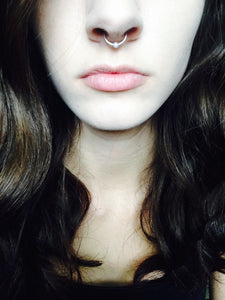 Pearl Septum Ring - Stinnys