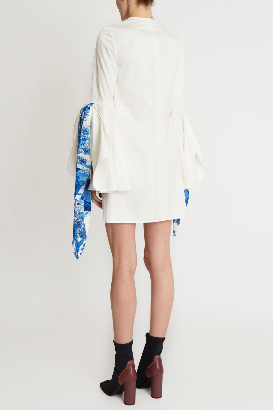 Dogmatism Scarf Flare Dress White