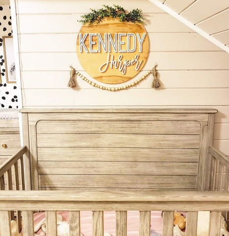 "23"" Round Name Sign 