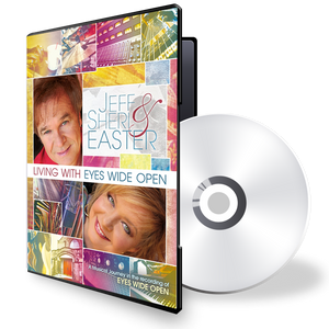 Living With Eyes Wide Open (DVD)