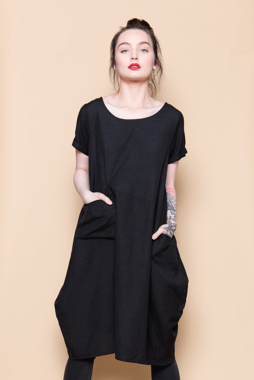 POCKET DRESS