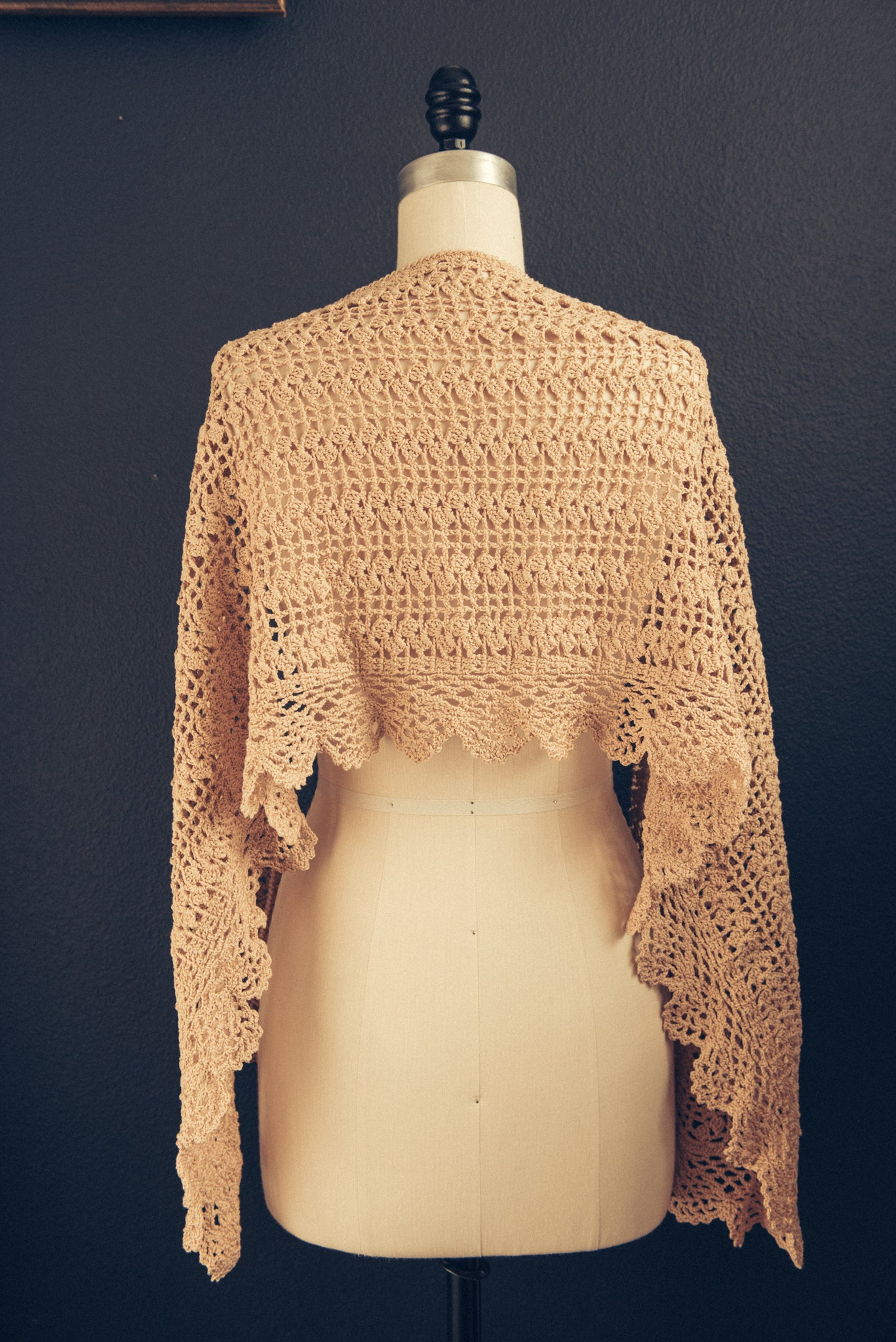 hand-made crochet shawl beige made in Italy