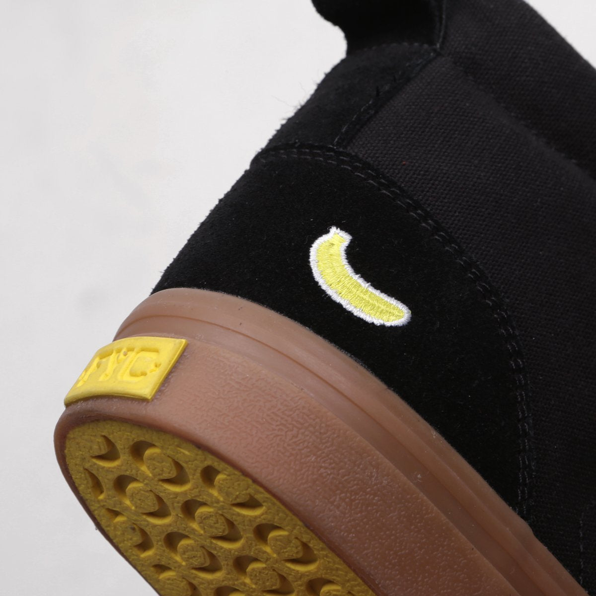 Tall Lui Black Gum
