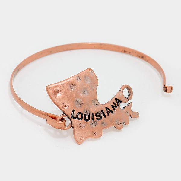 Louisiana State Map Hammered Metal Hook Bracelet