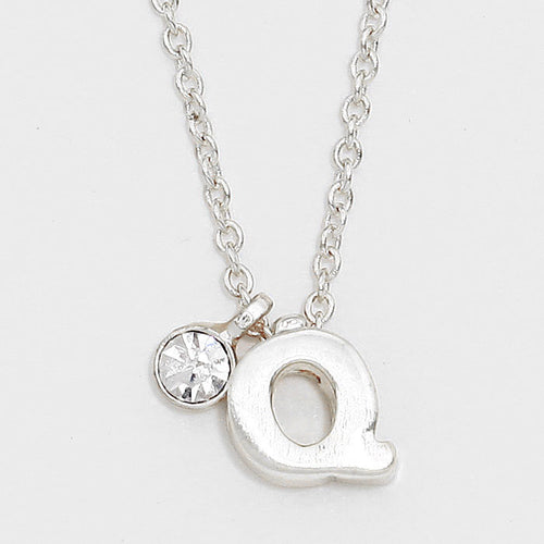 'Q' Letter Pendant Necklace