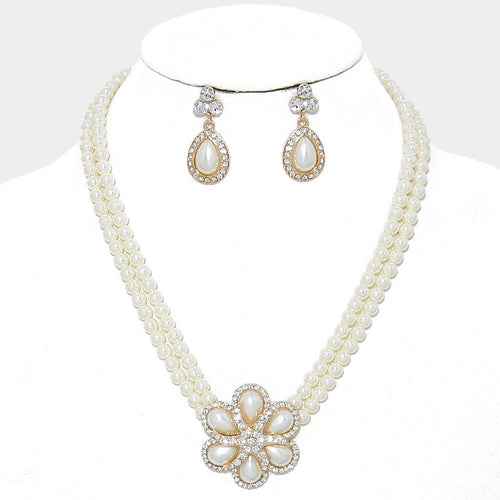 Rhinestone Pearl Flower Necklace