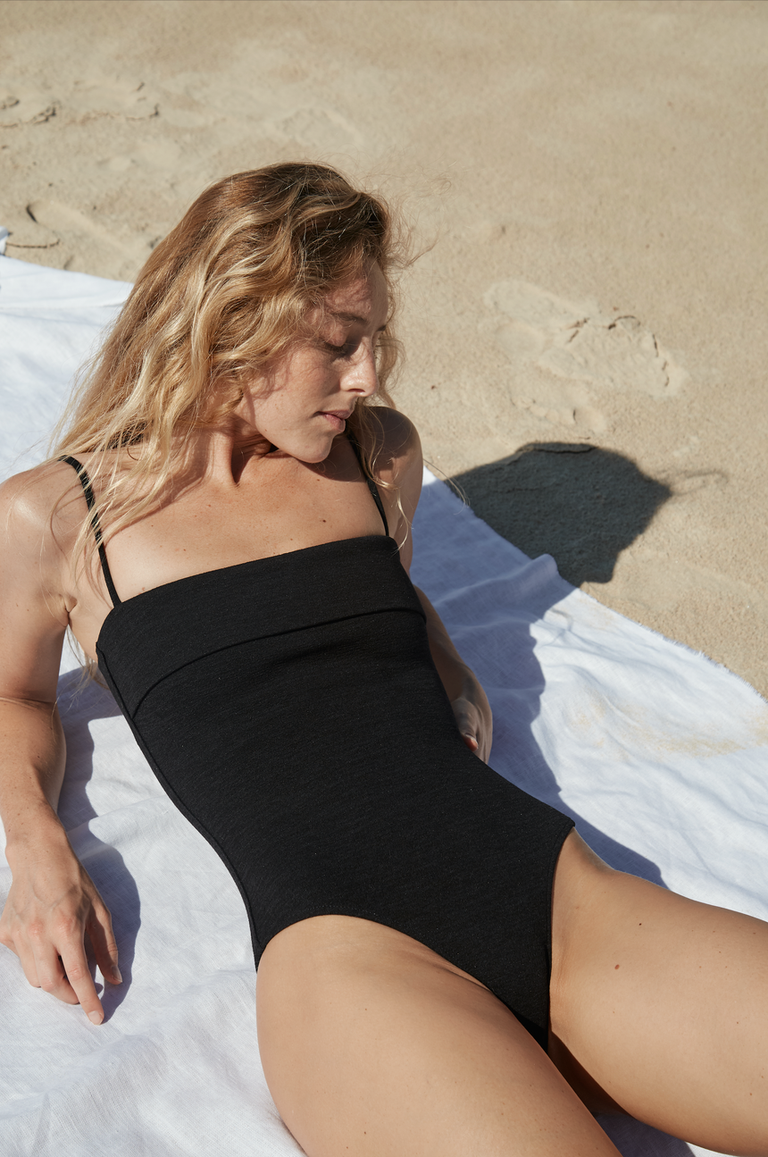 Zoe One Piece | Black