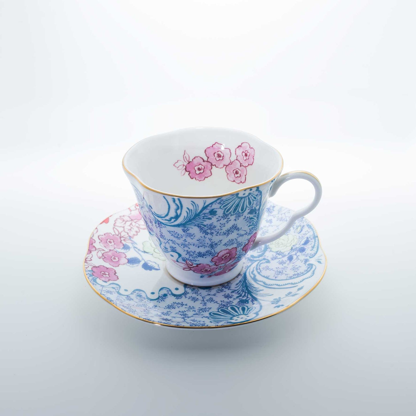 Refresh Moment Wedgwood Butterfly Bloom Spring Blossom Teacup & Saucer
