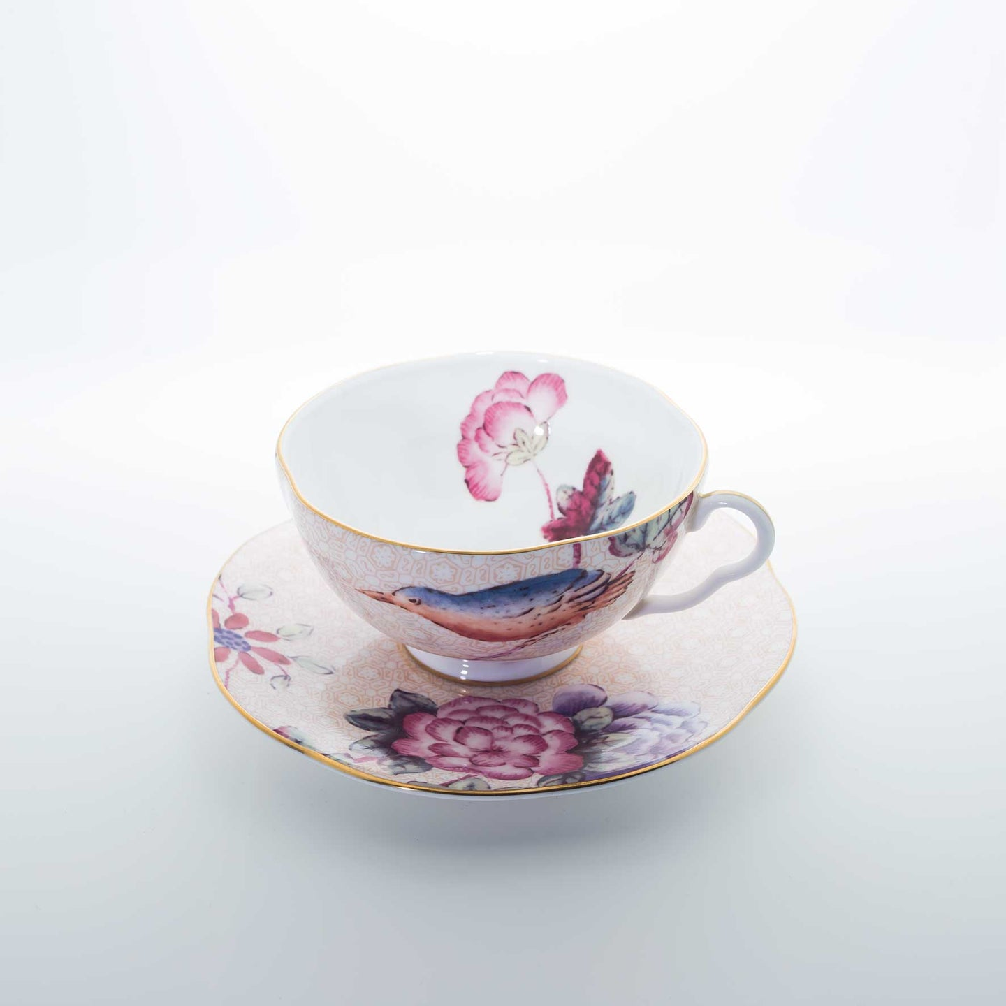 Refresh Moment Wedgwood Cuckoo Peach Teacup & Saucer