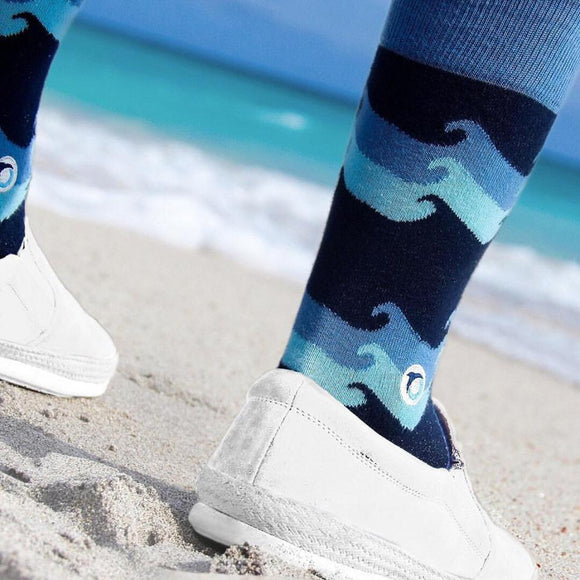 Socks That Protect Oceans - Waves