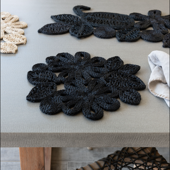 Leaf and Flower Jute Placemat - Black
