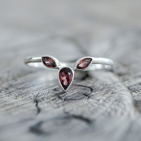 Garnet Crown Ring Silver