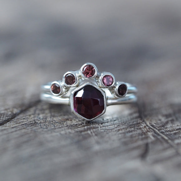 Hexagon Garnet Ring Set