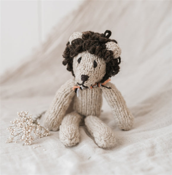 Homespun Wool Lion - The Fair Trader