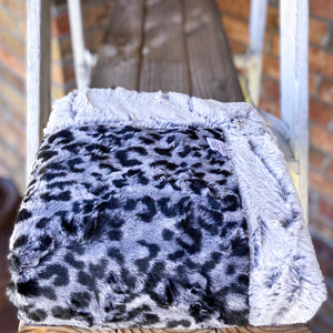 RTS Bobcat Black & Titan Frosted Hide Luxe Blanket