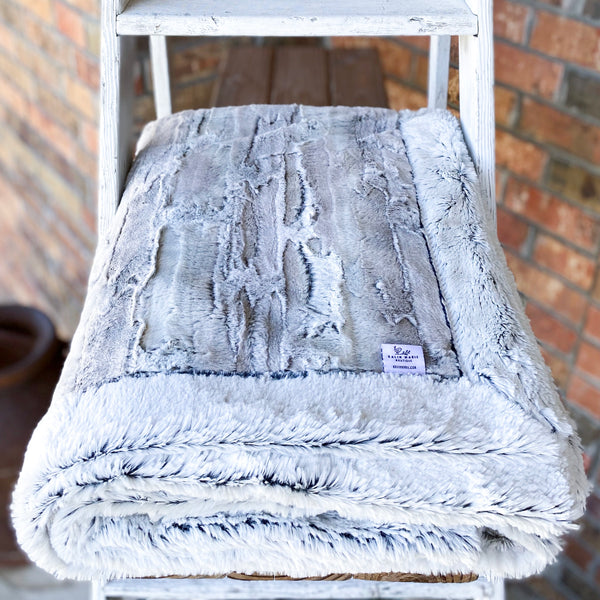 Easy Order Silver Fox & Black Frost Double Luxe Blanket