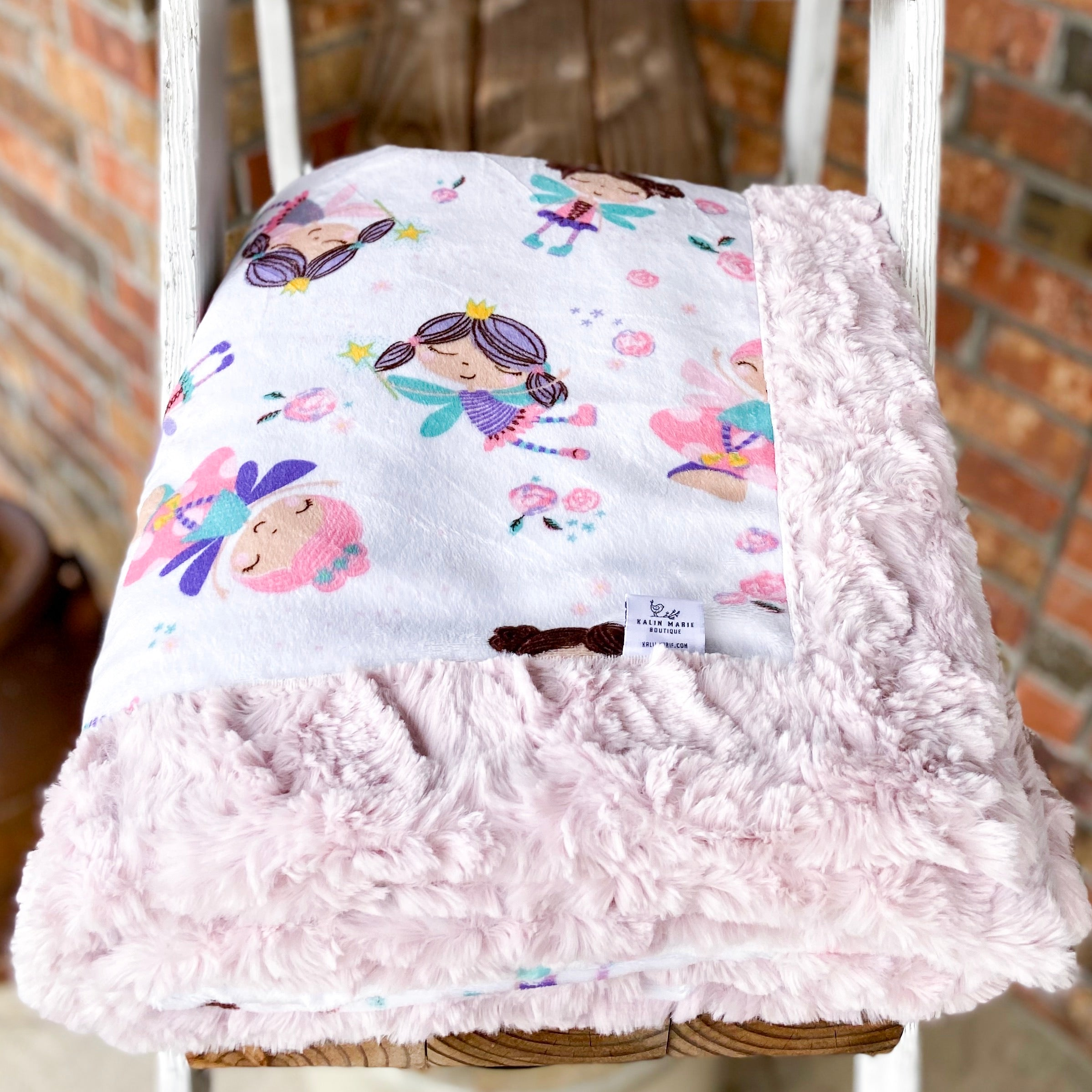 RTS Twinkle Toes & Ice Pink Glacier Luxe Snuggle Blankets
